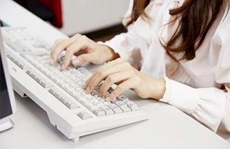 データの入力や電話応対など★事務未経験者可。Excel出来る方歓迎!